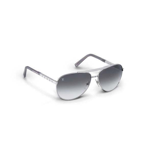0bcee21c7d82 Louis Vuitton Other - Louis Vuitton Attitude Pilot sunglasses